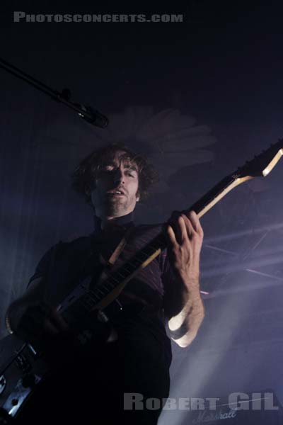 A PLACE TO BURY STRANGERS - 2012-04-15 - PARIS - La Boule Noire