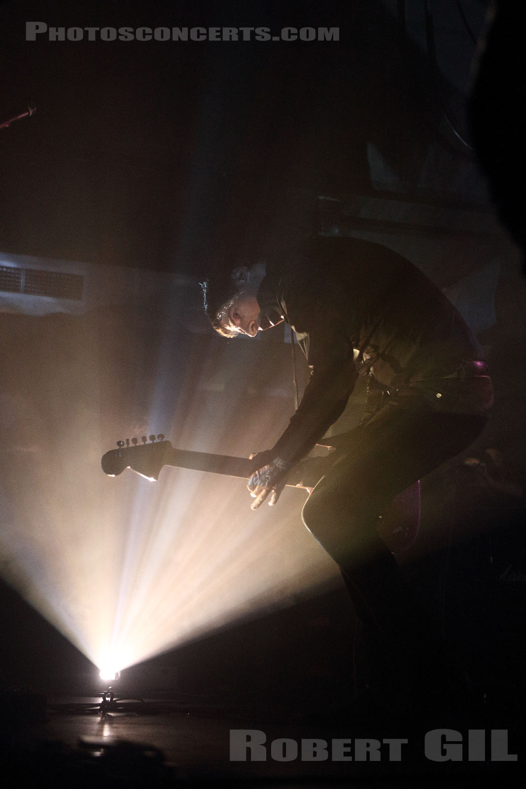 A PLACE TO BURY STRANGERS - 2016-03-21 - PARIS - Petit Bain