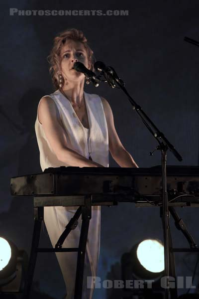 AGNES OBEL - 2017-05-14 - PARIS - Philharmonie de Paris 1