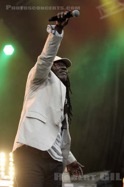ALPHA BLONDY - 2011-05-10 - PARIS - Place de la Bastille