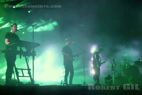 ALT-J - 2015-08-30 - SAINT CLOUD - Domaine National - Scene de la Cascade