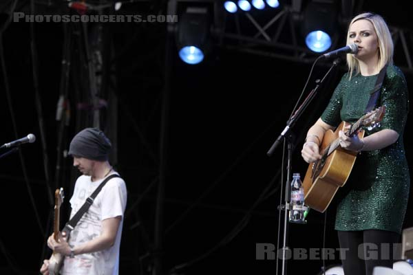 AMY MACDONALD - 2009-08-28 - SAINT CLOUD - Domaine National - Grande Scene