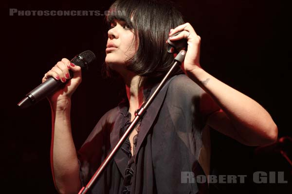 BAT FOR LASHES - 2012-10-04 - PARIS - La Fleche d'Or