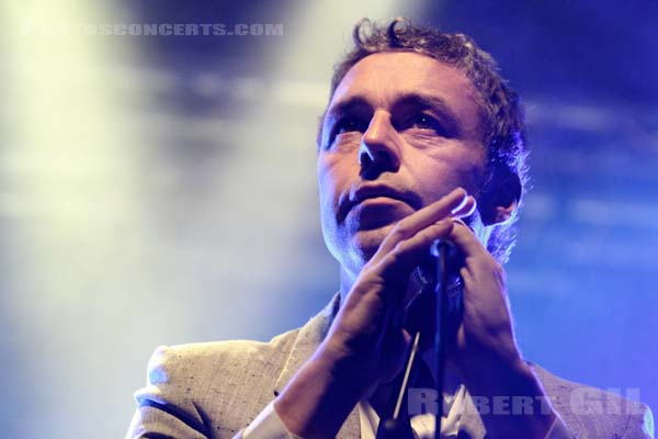 BAXTER DURY - 2011-09-23 - PARIS - Point Ephemere