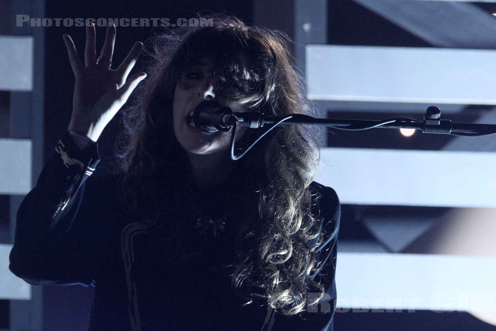 BEACH HOUSE - 2012-08-26 - SAINT CLOUD - Domaine National - Scene Pression Live