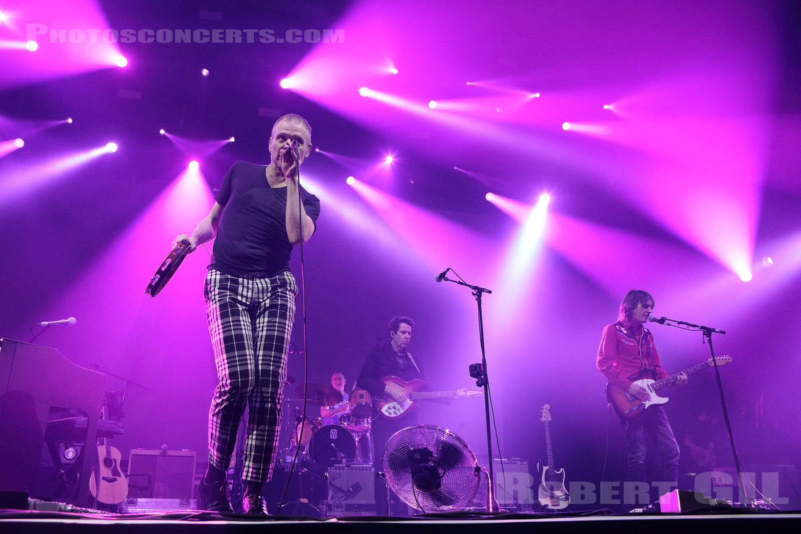 BELLE AND SEBASTIAN - 2019-11-01 - PARIS - Grande Halle de La Villette