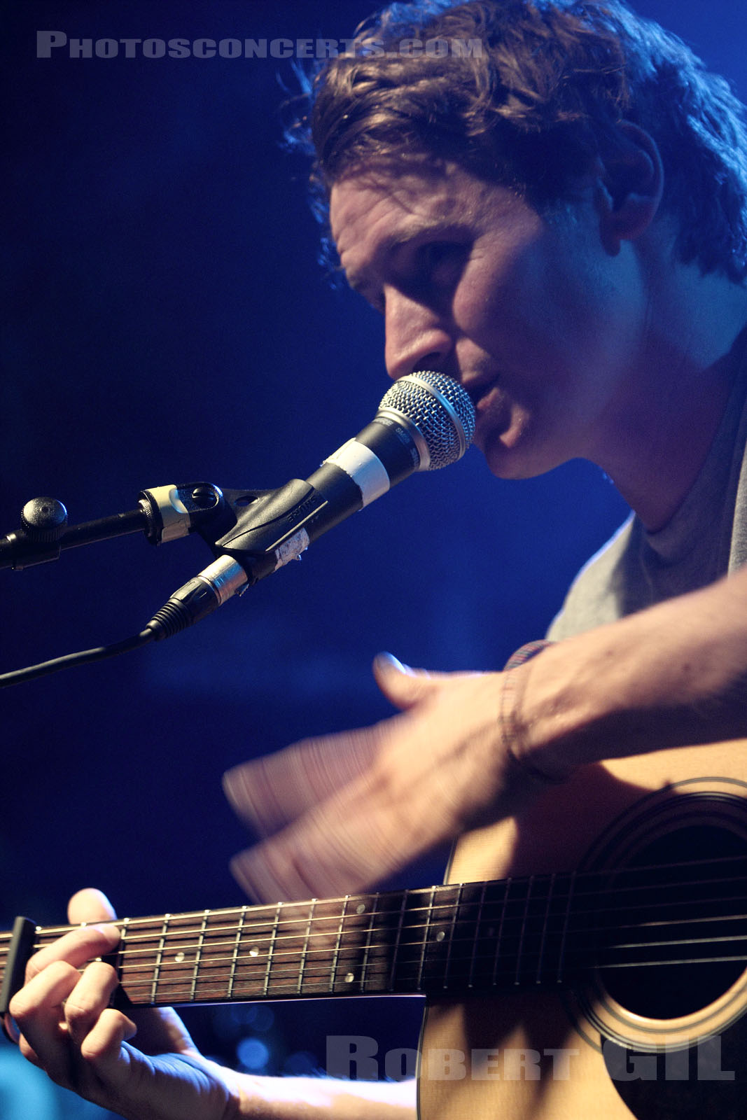 BEN HOWARD - 2010-04-06 - PARIS - Point Ephemere