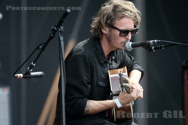 BEN HOWARD - 2015-08-29 - SAINT CLOUD - Domaine National - Grande Scene