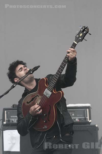 BLACK REBEL MOTORCYCLE CLUB - 2013-08-24 - SAINT CLOUD - Domaine National - Grande Scene