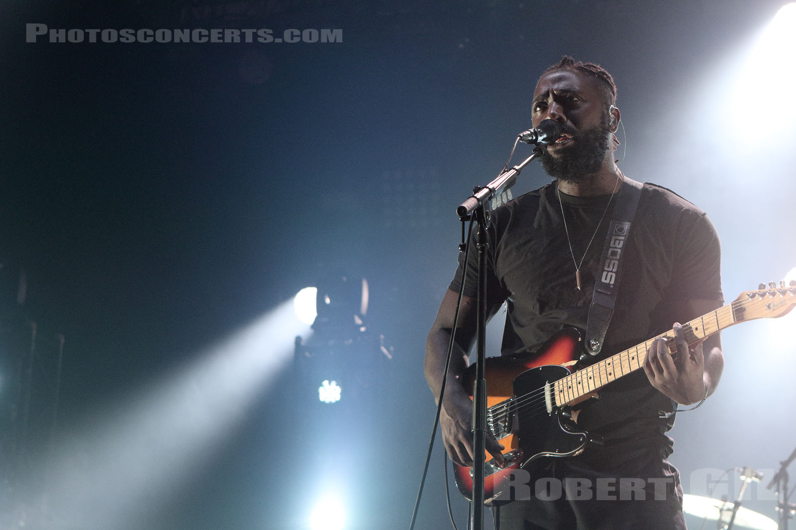 BLOC PARTY - 2016-06-24 - PARIS - Hippodrome de Longchamp - Dome