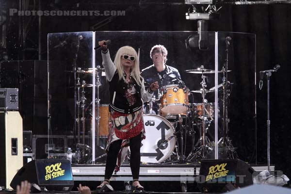 BLONDIE - 2014-08-22 - SAINT CLOUD - Domaine National - Scene de la Cascade