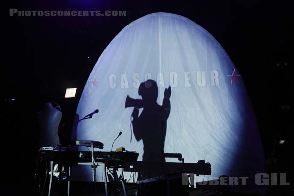 CASCADEUR - 2010-11-07 - PARIS - La Cigale