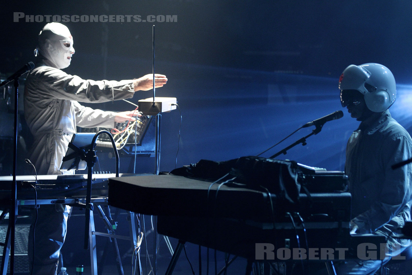 CASCADEUR - 2014-10-15 - PARIS - La Cigale