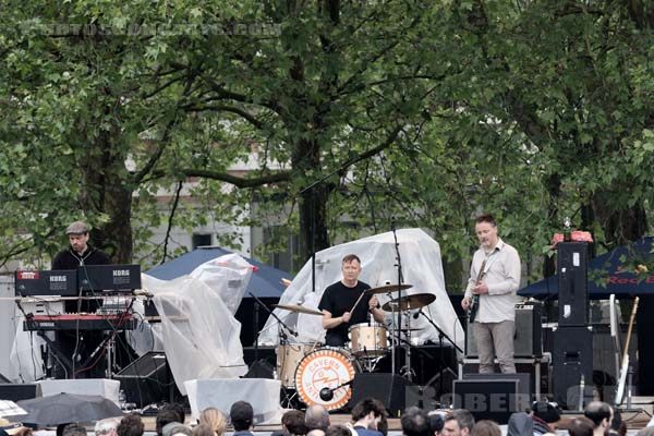 CAVERN OF ANTI-MATTER - 2016-05-29 - PARIS - Parc de la Villette