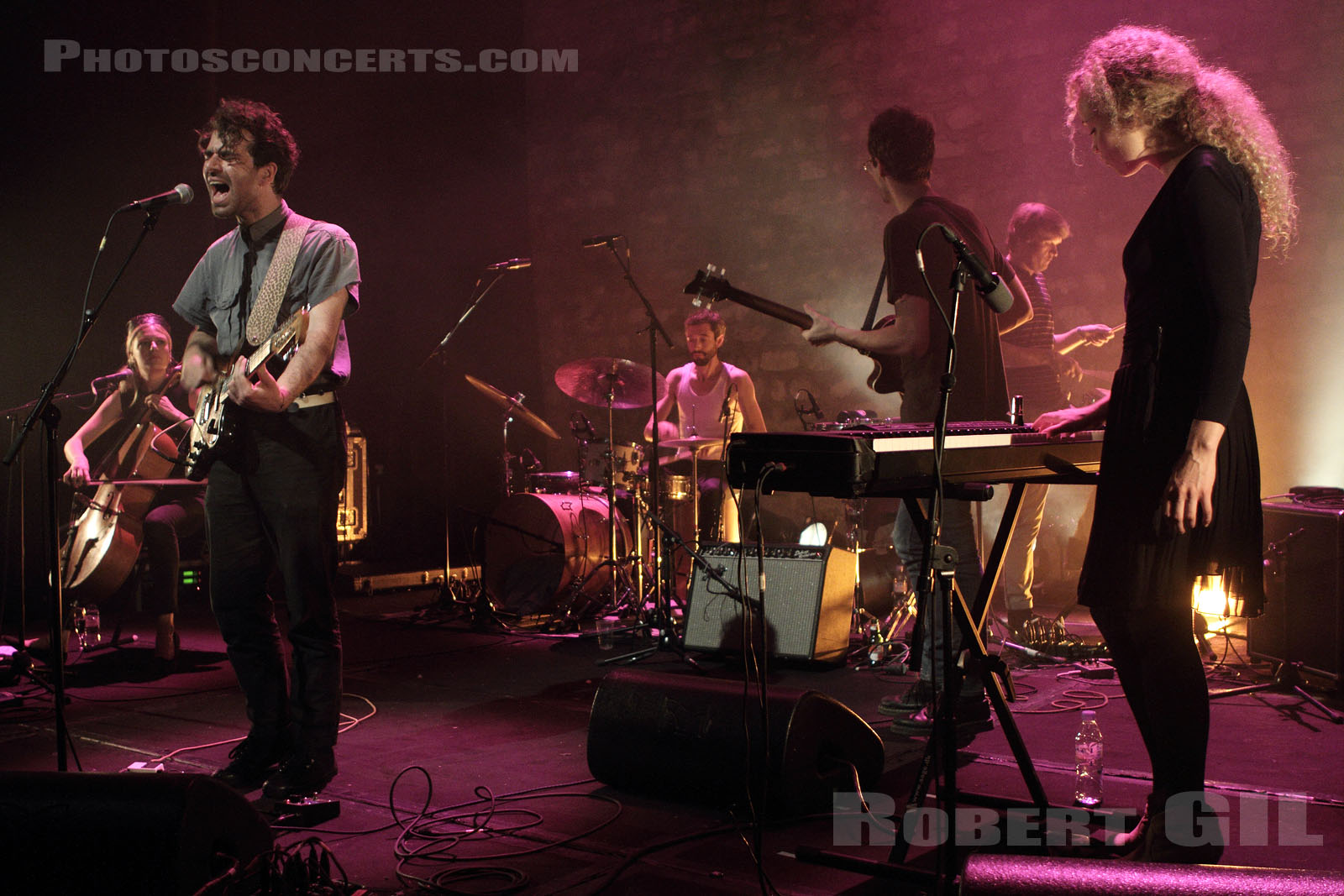 CHOIR OF YOUNG BELIEVERS - 2012-05-18 - PARIS - Cafe de la Danse