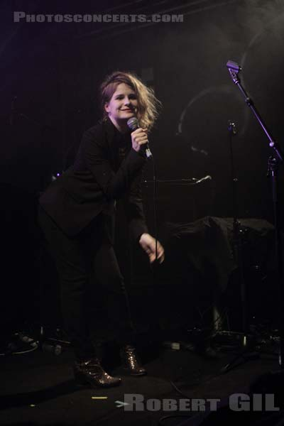 CHRISTINE AND THE QUEENS - 2012-03-22 - PARIS - Point Ephemere