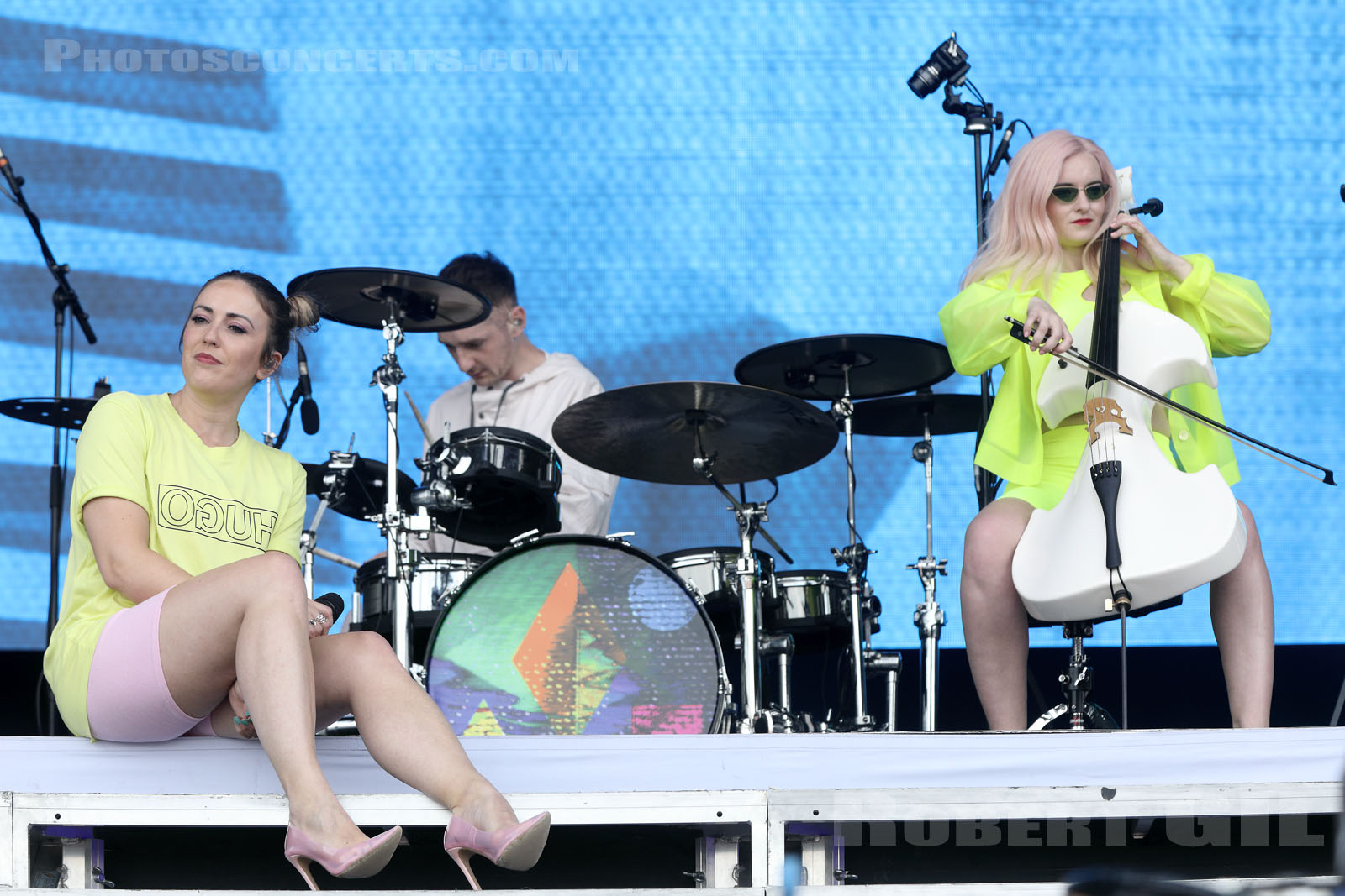 CLEAN BANDIT - 2019-07-21 - PARIS - Hippodrome de Longchamp - Main Stage 2