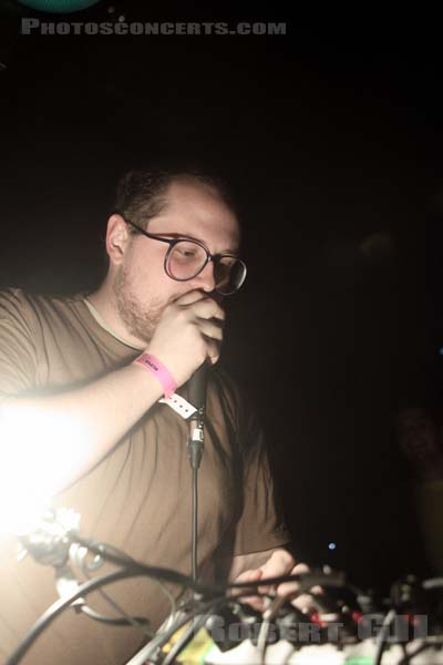 DAN DEACON - 2011-04-07 - PARIS - Gaite Lyrique