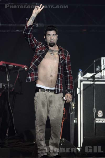DEFTONES - 2011-08-28 - SAINT CLOUD - Domaine National - Grande Scene