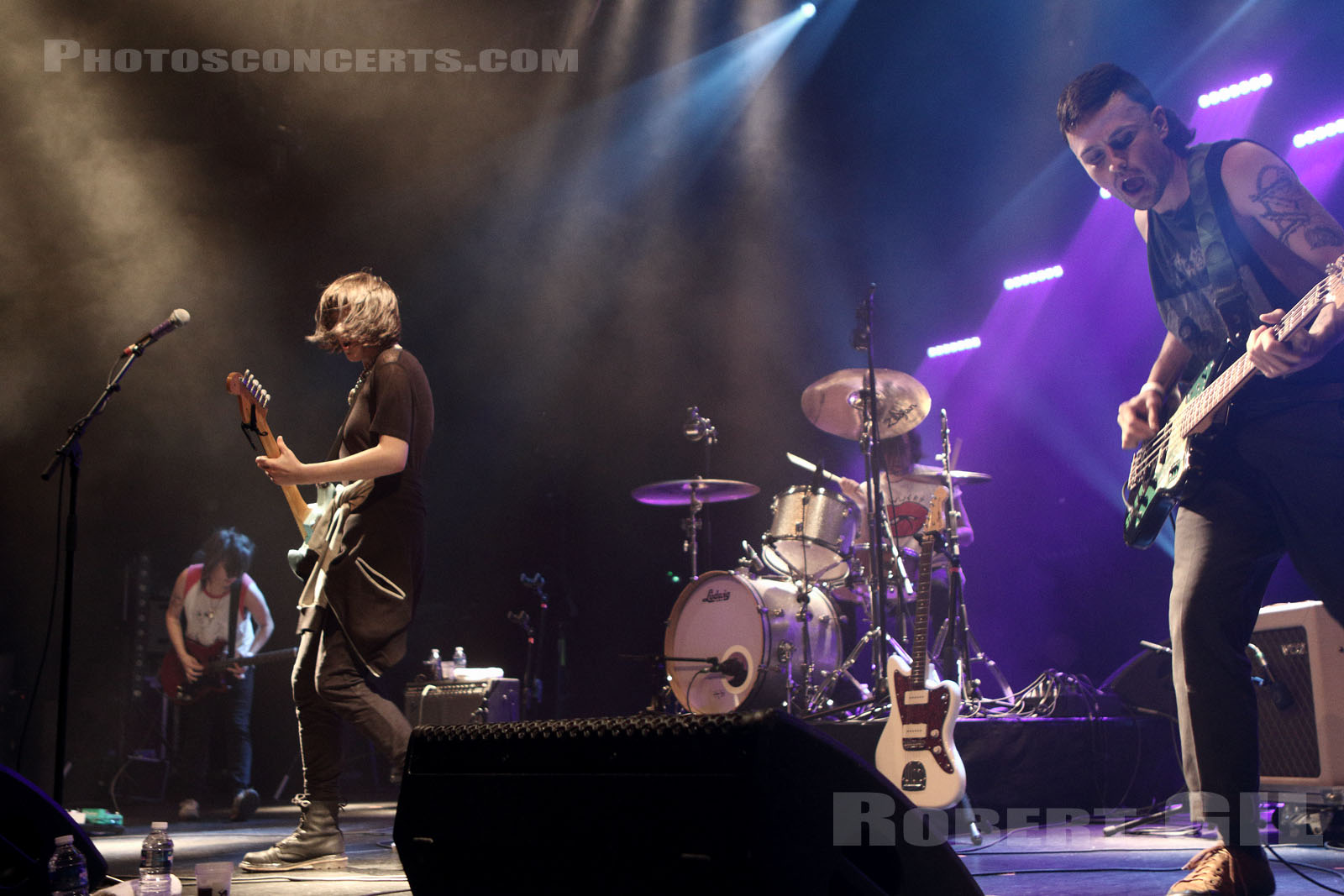 DILLY DALLY - 2016-06-03 - NIMES - Paloma - Grande Salle