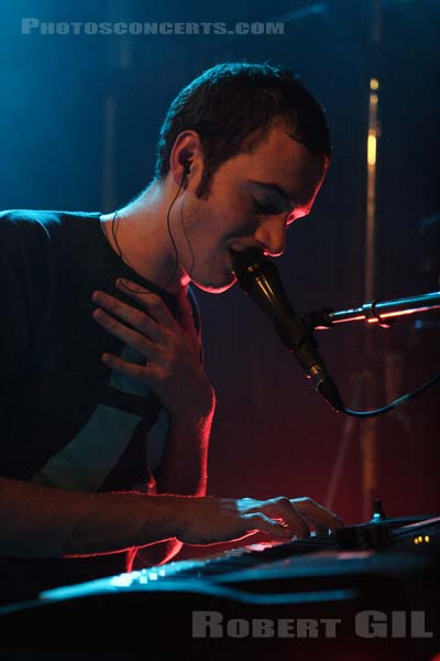EDITORS - 2006-01-27 - PARIS - Trabendo