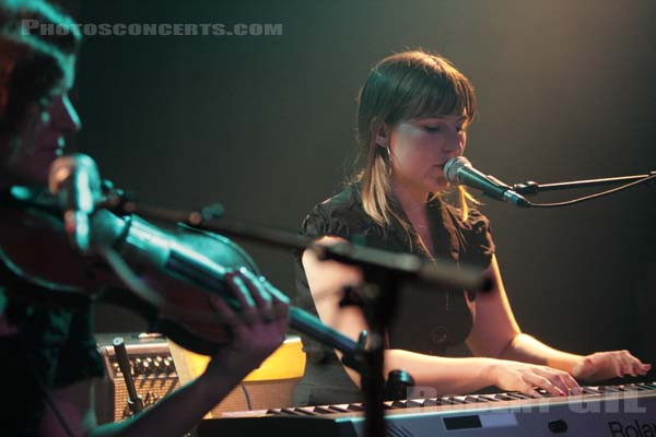 EMILY JANE WHITE - 2008-10-17 - PARIS - La Maroquinerie