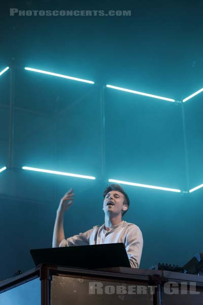 FLUME - 2016-06-24 - PARIS - Hippodrome de Longchamp - Paris