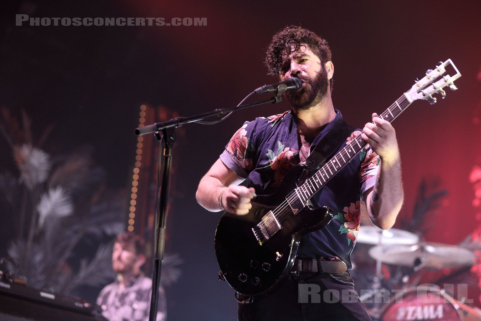 FOALS - 2019-08-25 - SAINT CLOUD - Domaine National - Scene de la Cascade
