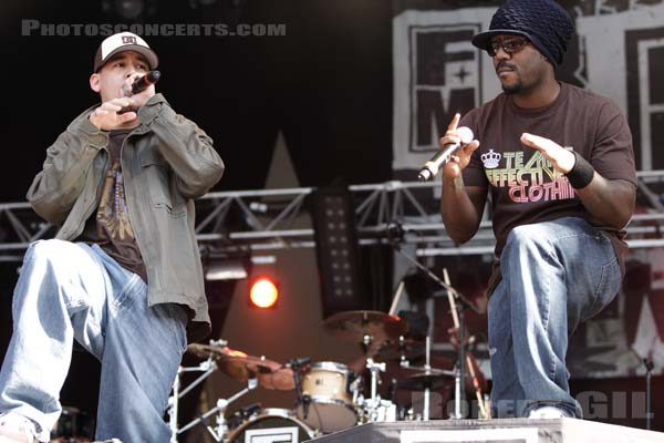 FORT MINOR - 2005-08-25 - SAINT CLOUD - Domaine National - Grande Scene