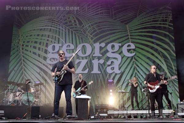 GEORGE EZRA - 2017-08-27 - SAINT CLOUD - Domaine National - Scene de la Cascade