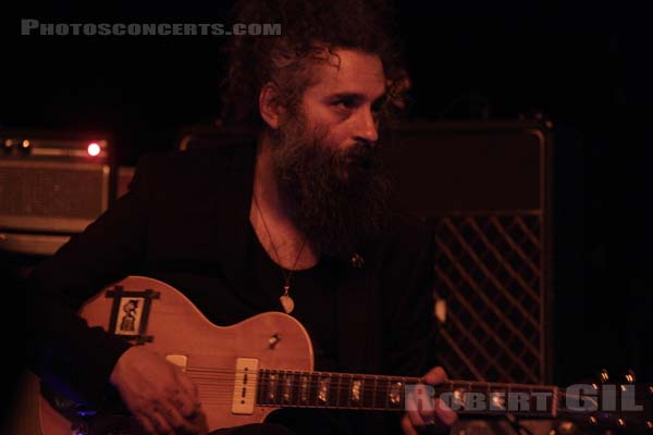 GODSPEED YOU! BLACK EMPEROR - 2015-04-22 - PARIS - Le Bataclan