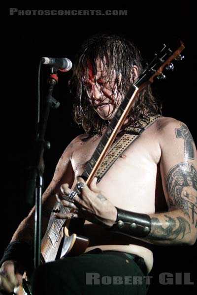 HIGH ON FIRE - 2006-07-16 - PARIS - Batofar