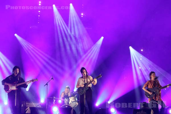 HINDS - 2015-10-31 - PARIS - Grande Halle de La Villette