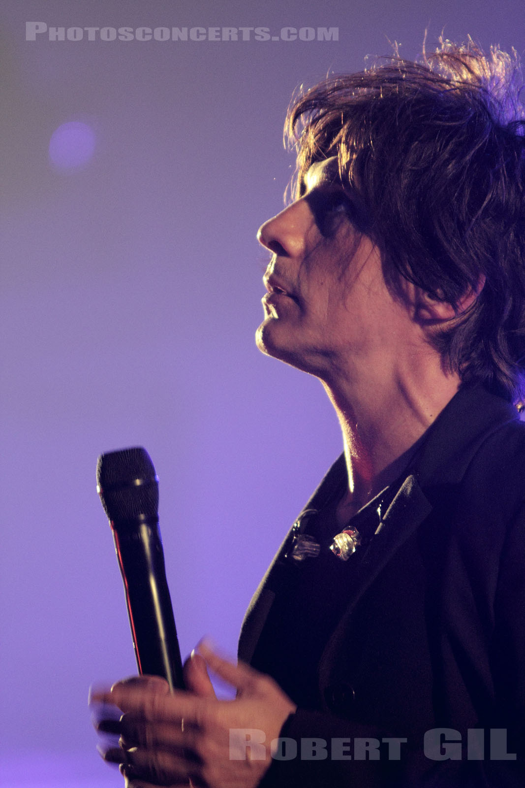 INDOCHINE - 2010-09-02 - PARIS - Radio France (Salle Olivier-Messiaen)