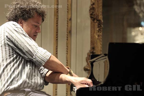JACKY TERRASSON - 2017-05-17 - PARIS - Mona Bismarck American Center