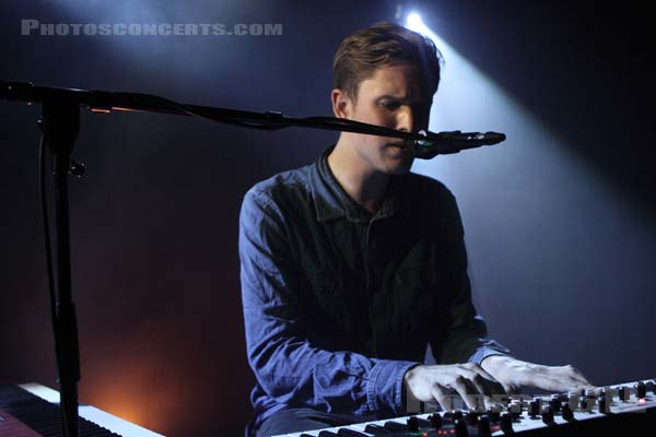 JAMES BLAKE - 2011-04-25 - PARIS - La Maroquinerie