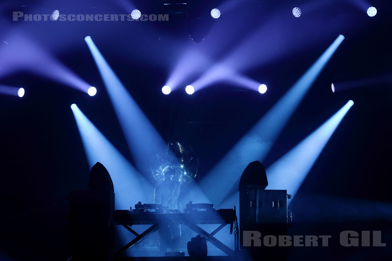 JAMIE XX - 2015-08-29 - SAINT CLOUD - Domaine National - Scene de l'Industrie