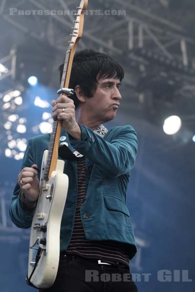 JOHNNY MARR - 2013-08-23 - SAINT CLOUD - Domaine National - Scene de l'Industrie