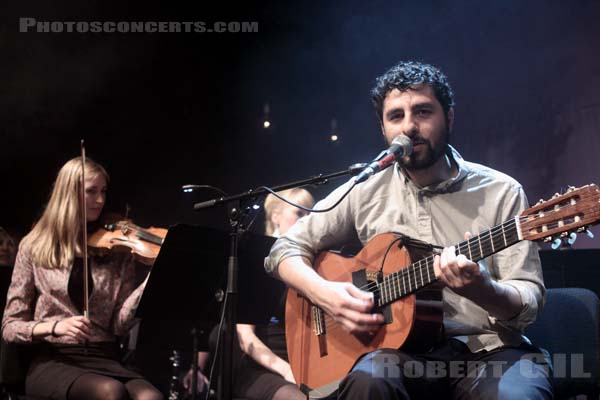 JOSE GONZALEZ PERFORMING WITH THE GOTEBORG STRING THEORY - 2011-04-06 - PARIS - Gaite Lyrique