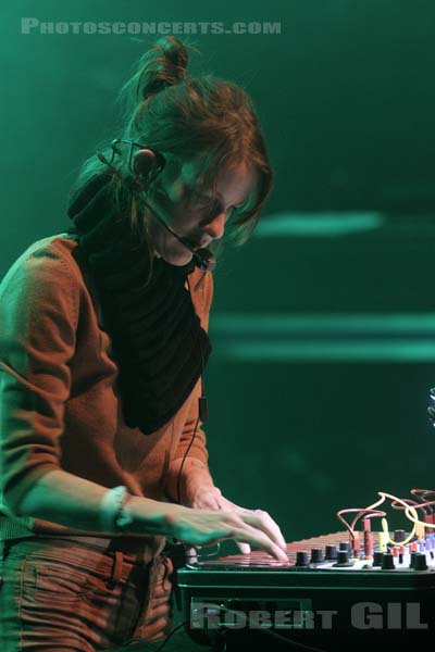 KAITLYN AURELIA SMITH - 2016-03-25 - PARIS - La Cigale