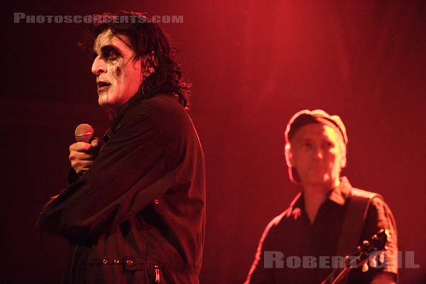 KILLING JOKE - 2005-10-04 - PARIS - Elysee Montmartre