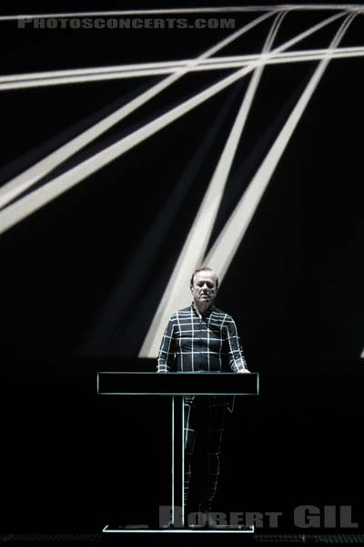 KRAFTWERK - 2019-07-12 - PARIS - Philharmonie de Paris 1