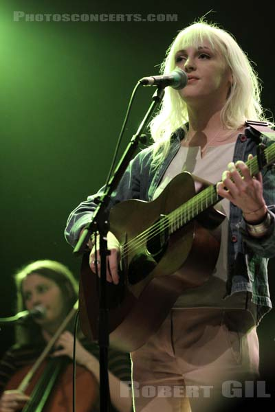 LAURA MARLING - 2011-11-04 - PARIS - La Cigale