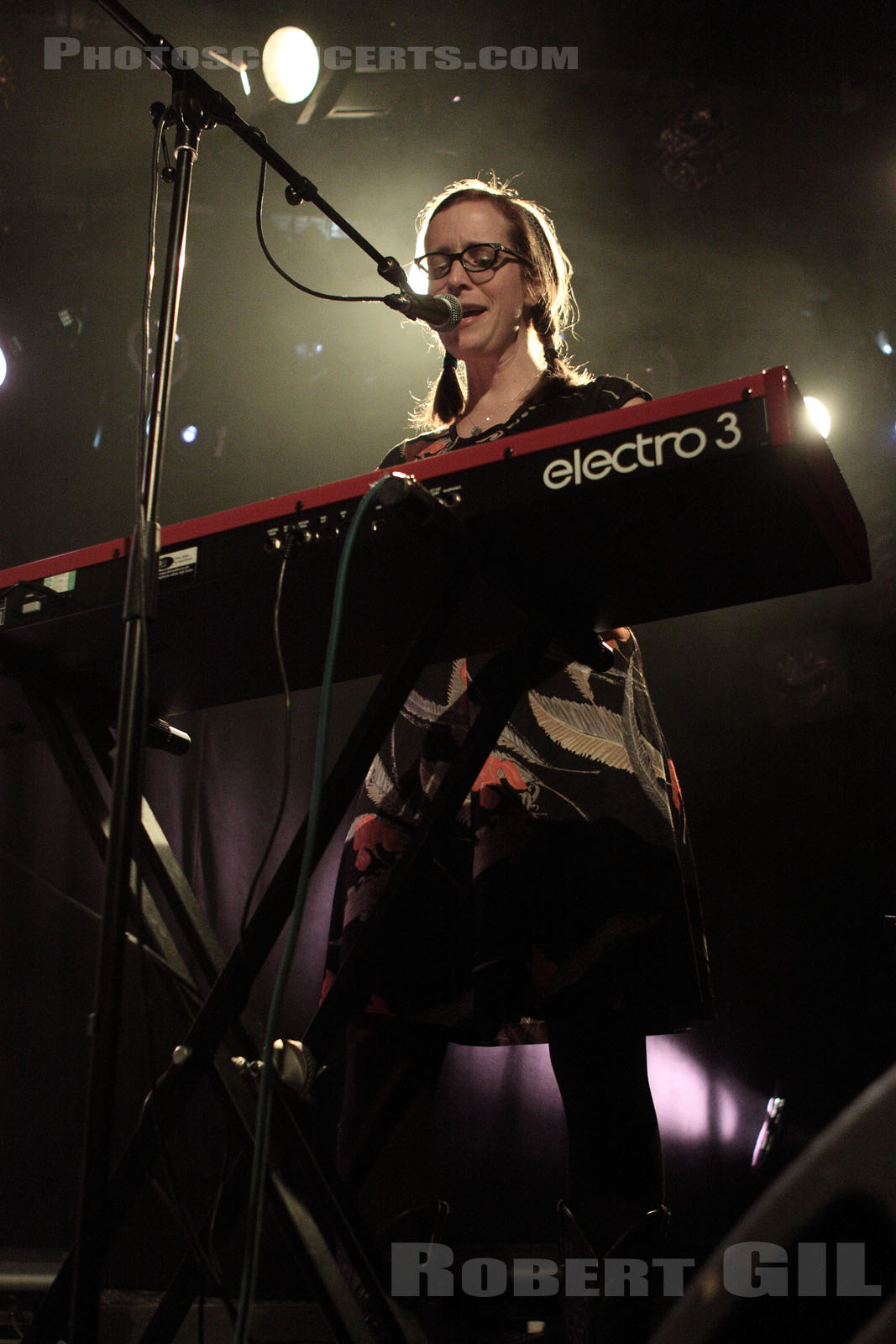 LAURA VEIRS AND THE HALL OF FLAMES - 2011-02-20 - PARIS - La Maroquinerie