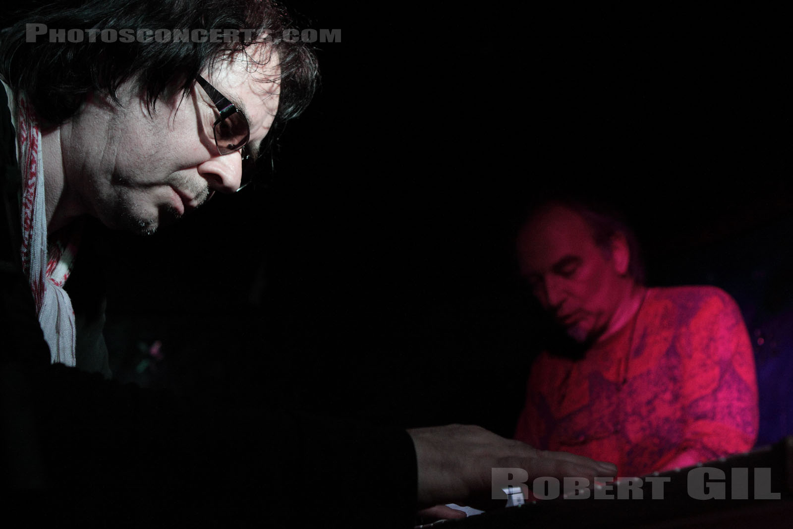 LEGENDARY PINK DOTS - 2009-11-12 - PARIS - Le Klub