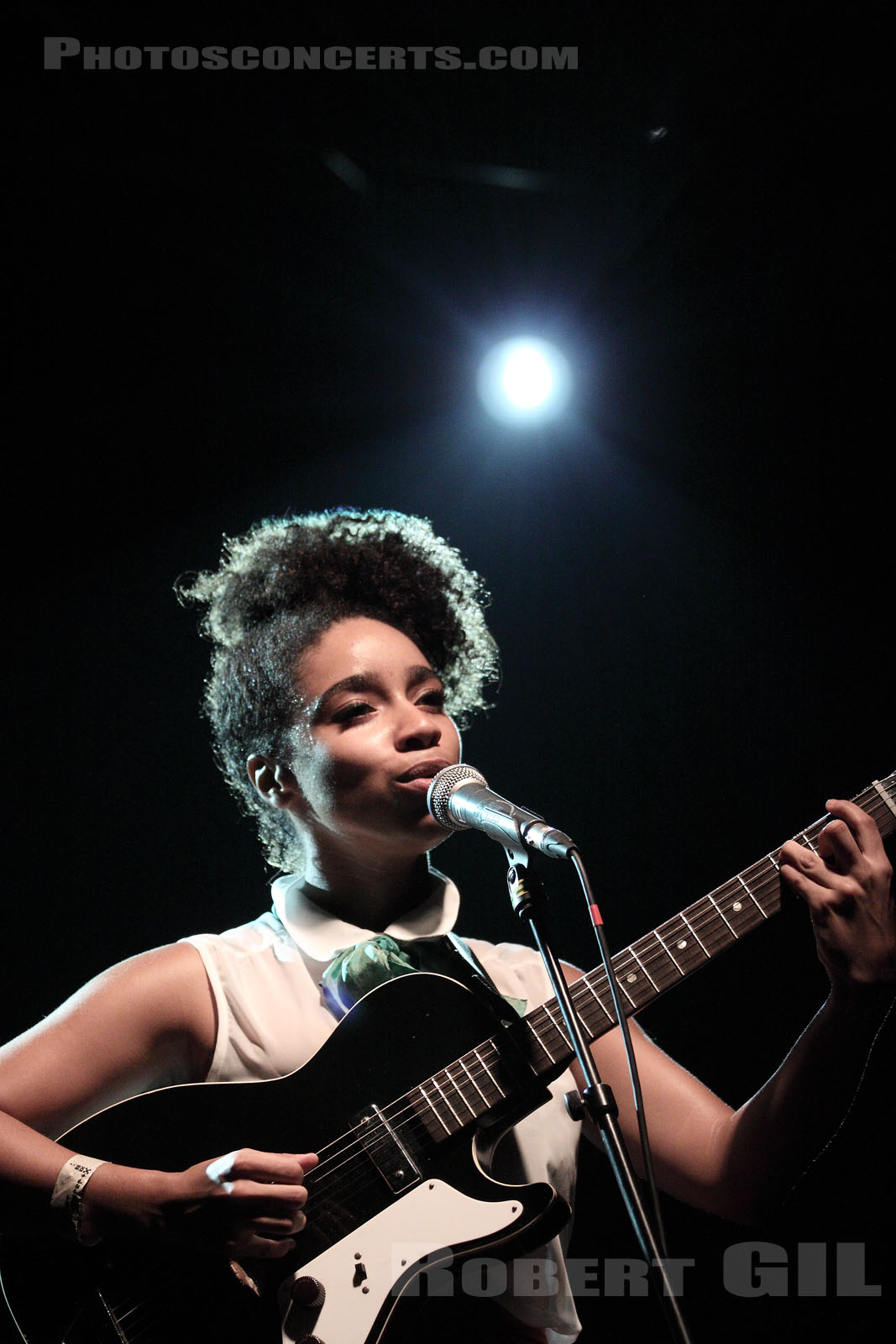 LIANNE LA HAVAS - 2011-09-02 - PARIS - Point Ephemere