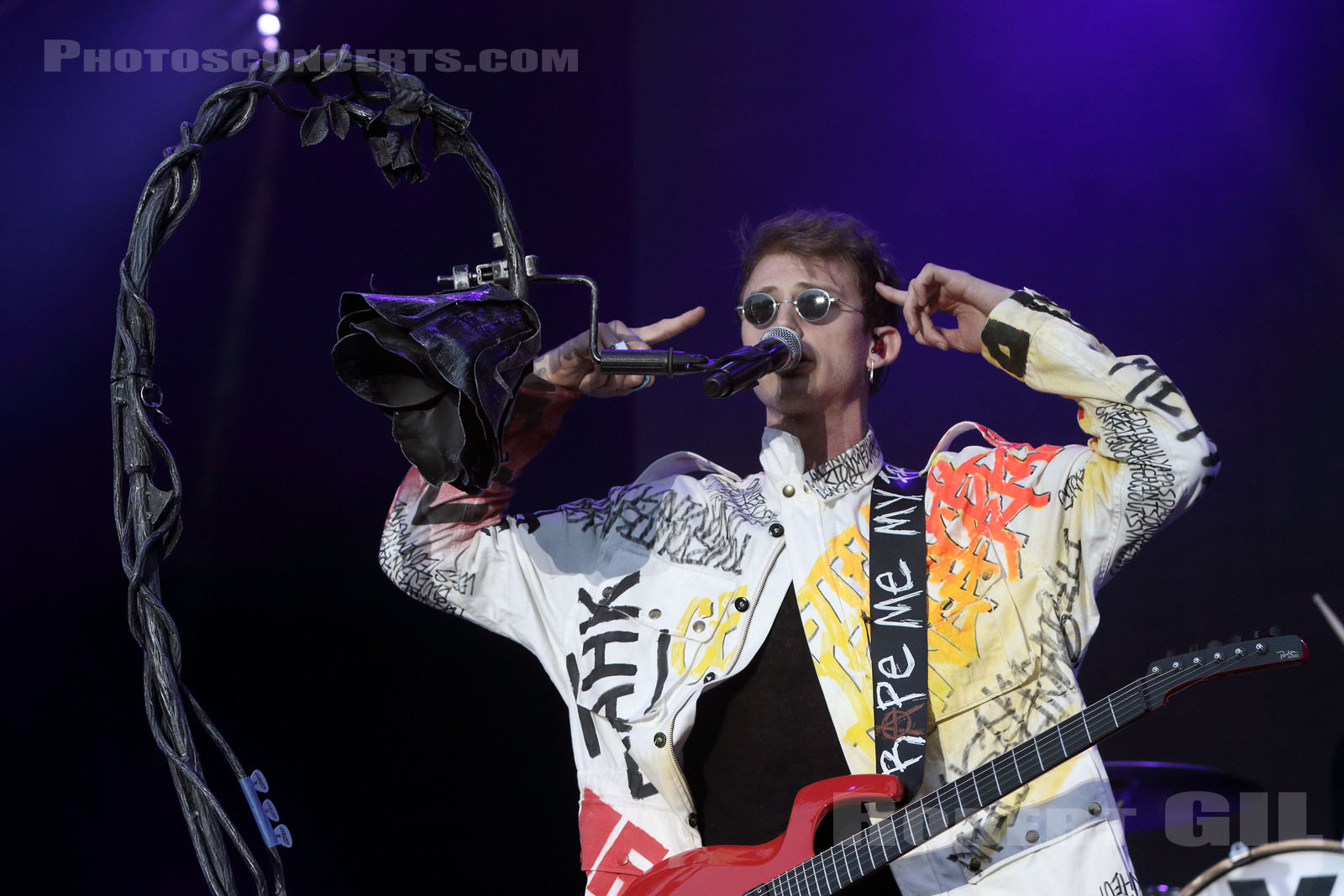 MACHINE GUN KELLY - 2017-06-30 - ARRAS - La Citadelle - Greenroom