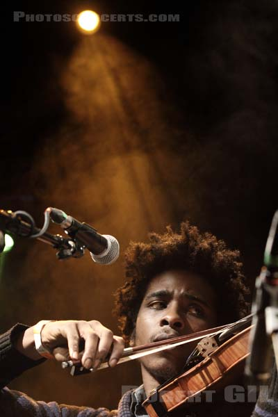 MARQUES TOLIVER - 2012-02-01 - PARIS - La Fleche d'Or
