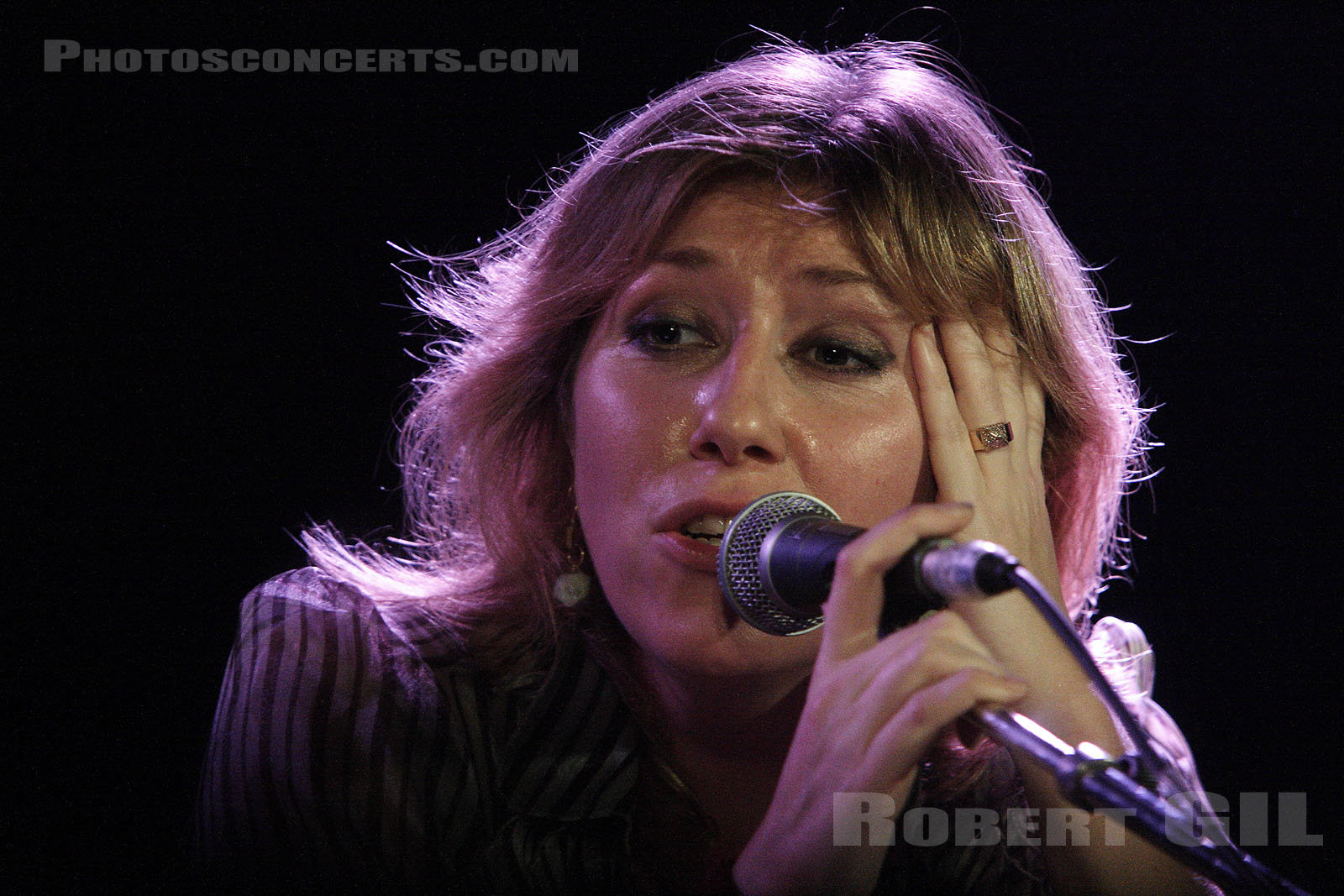 MARTHA WAINWRIGHT - 2006-11-12 - PARIS - La Boule Noire