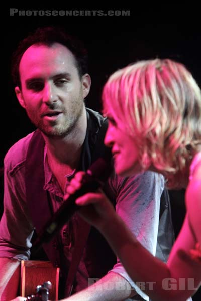 METRIC - 2010-05-26 - PARIS - La Cigale